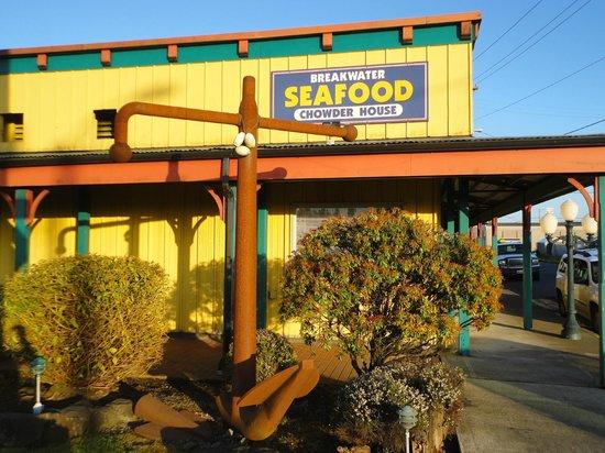 breakwater-seafood